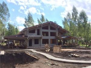 Строительство загородного дома из клееного бруса