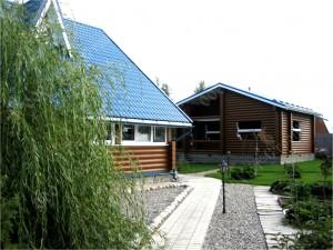 Дом и баня из оцилиндрованного бревна