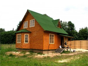 Дом из бруса, отделка блок-хаусом