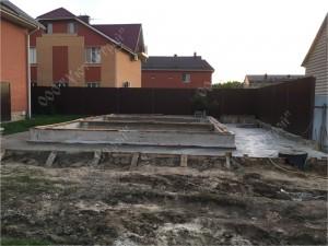 Строительство бани из оцилиндрованного бревна